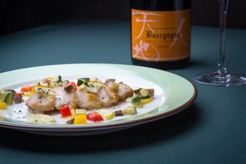 肉料理とシャンパン